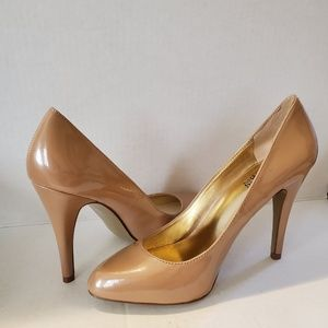 Charles David Patent Leather Nude Pumps Heels 6.5